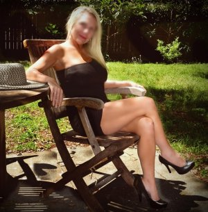Helodie live escort in Germantown