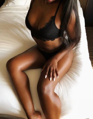 Khadoudja call girl in Hopewell Virginia