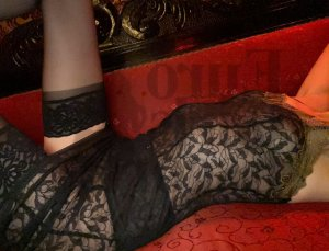Marie-louisette korean escort girl