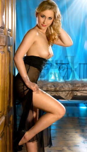 Leria live escorts in Jeffersonville IN