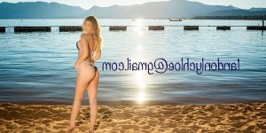 Magdeline live escorts in La Cañada Flintridge
